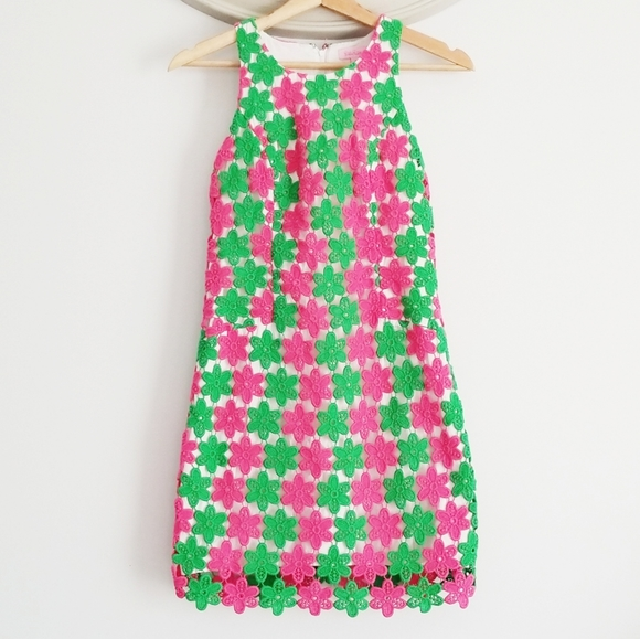Lilly Pulitzer Dresses & Skirts - Lilly Pulitzer Crochet Pearl Dress
